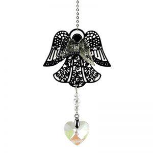 Engel met hartvormig regenboogkristal kort